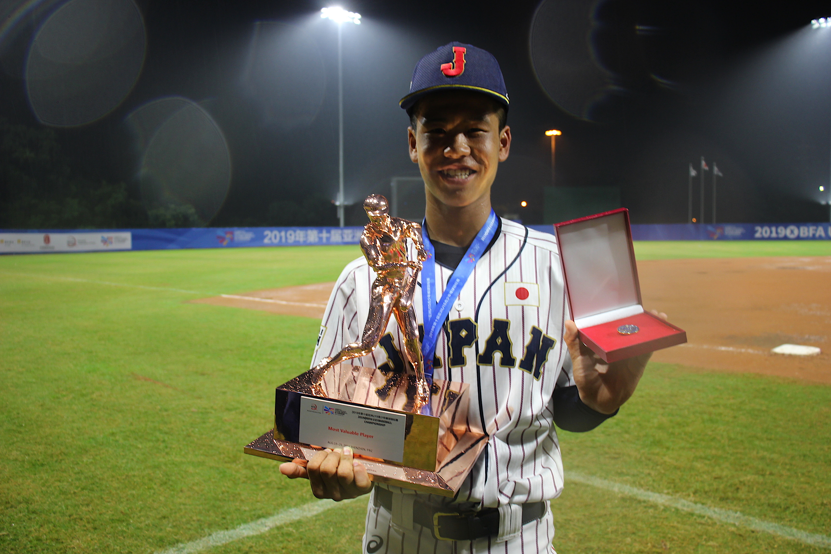 MVPを獲得した渡辺優斗選手(門真ビックドリームス出身)